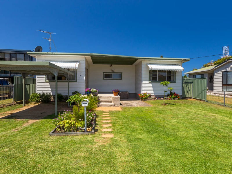 42 Kingston Place, Tomakin, NSW 2537