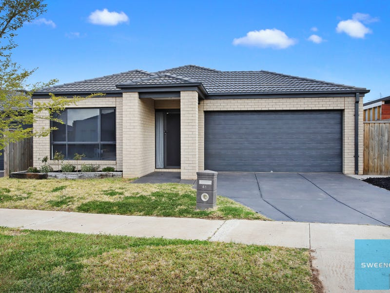 41 Annecy Boulevard, Fraser Rise, Vic 3336