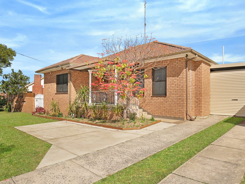 12 First Ave South, Warrawong, NSW 2502