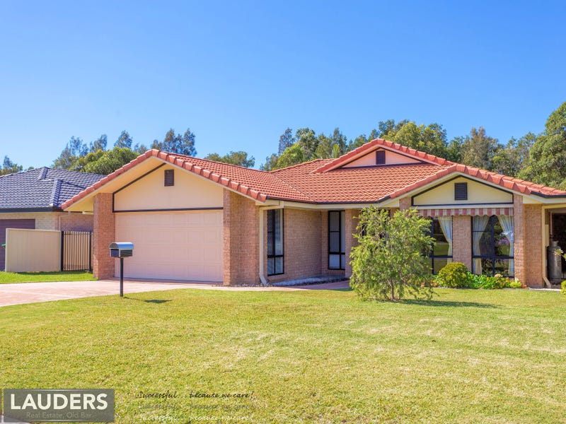 33 Ivy Crescent, Old Bar, NSW 2430