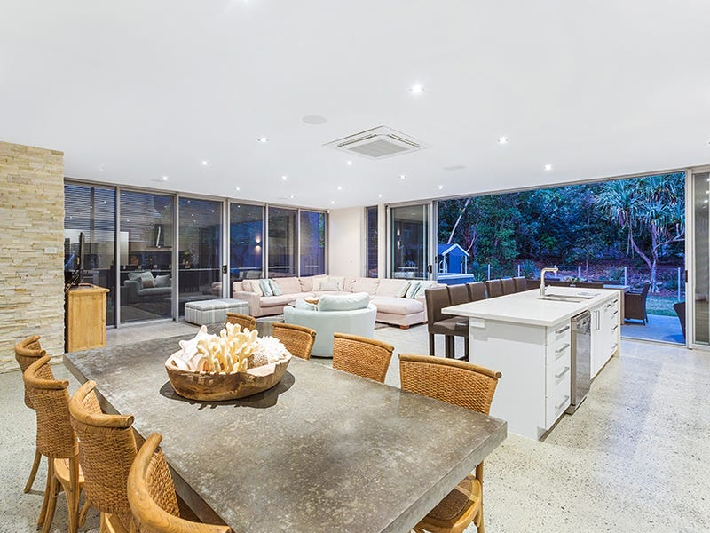 14 Dune Street, Fingal Head, NSW 2487