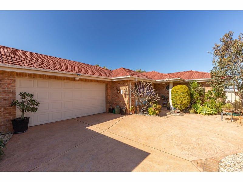 2/18 Robur Court, Tuncurry, NSW 2428