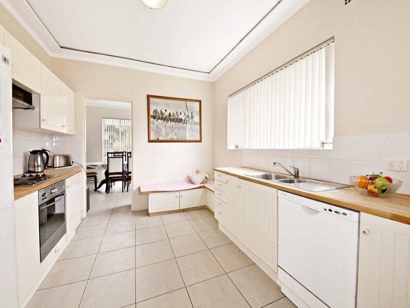 2A Llewellyn Street, Rhodes, NSW 2138