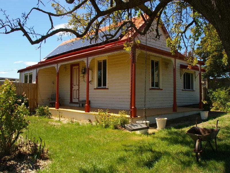 48 Montagu Street, Campbell Town, Tas 7210