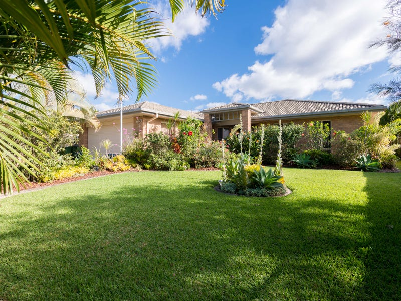 18 Maddock Ave, Mooloolah Valley, Qld 4553