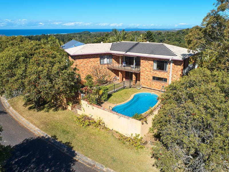 14 GOOLARA COURT, Ocean Shores, NSW 2483