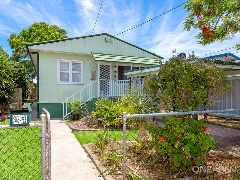 24 Bailey Street, Woody Point, Qld 4019