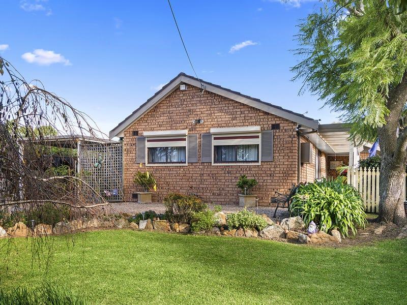 11 Wattle Street, Colo Vale, NSW 2575