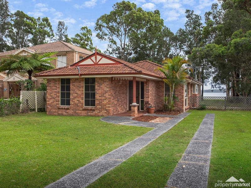 4 Lloyd Avenue, Chain Valley Bay, NSW 2259