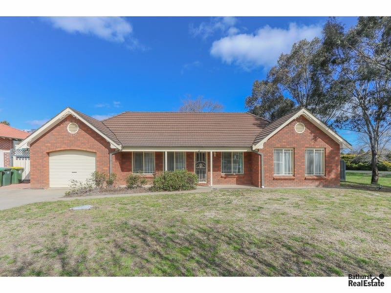7 Wentworth Drive, Kelso, NSW 2795