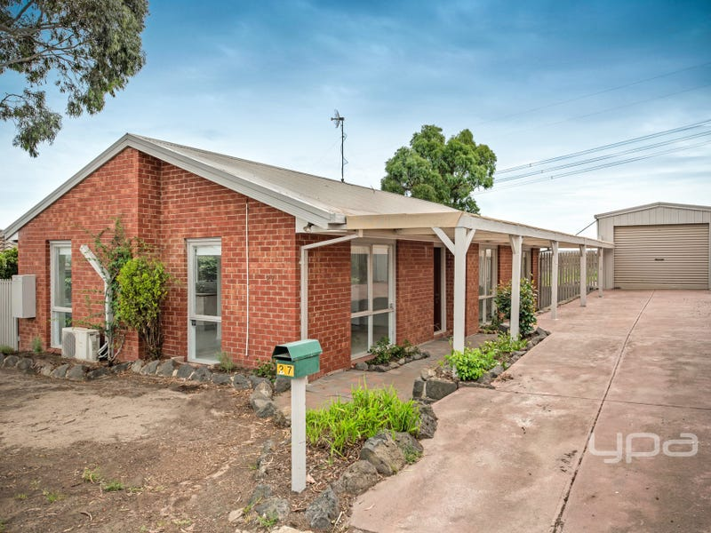27 Banksia Place, Meadow Heights, Vic 3048