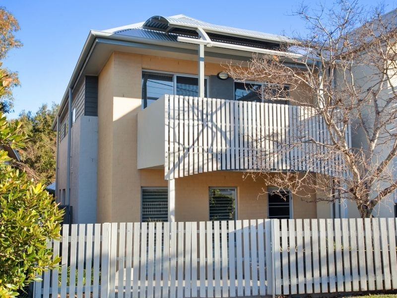 1/2 Gardner Street, Dudley, NSW 2290