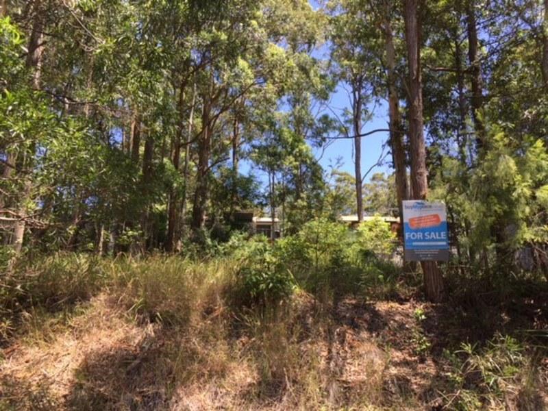 17 Charles Street, Smiths Lake, NSW 2428
