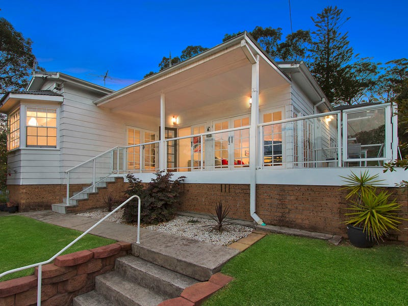 8 Menai Road, Woronora, NSW 2232