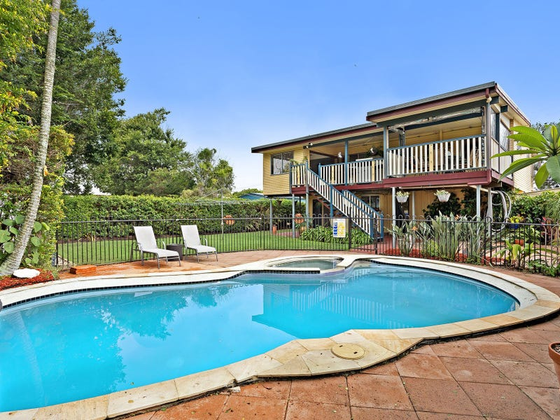 17 Carlyle Road, Boondall, Qld 4034