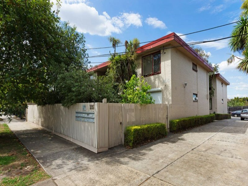 9/205 Station Street, Fairfield, Vic 3078