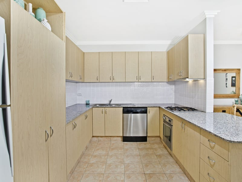 6/4 Hindle Terrace, Bella Vista, NSW 2153