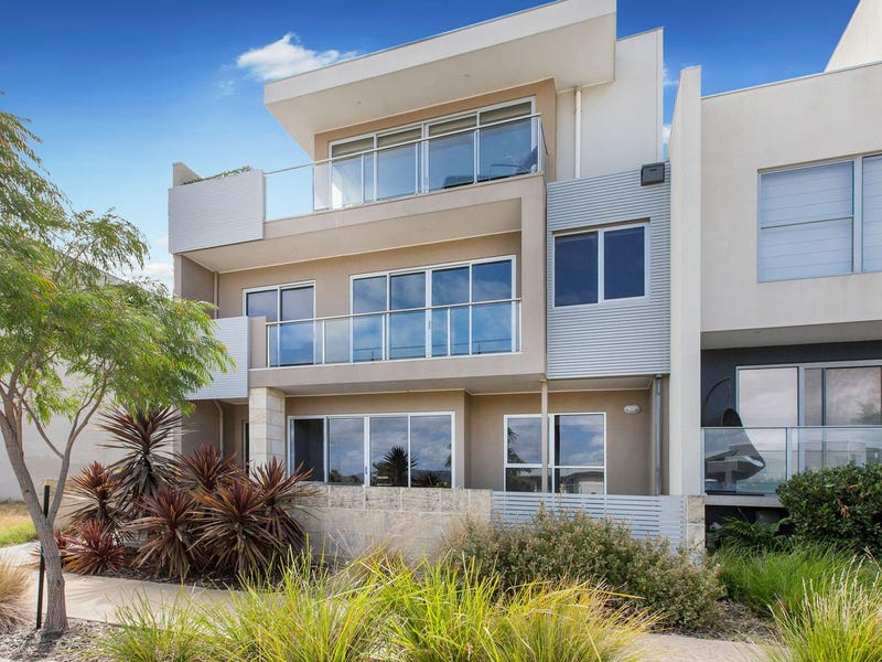 22 The Cove, Safety Beach, Vic 3936