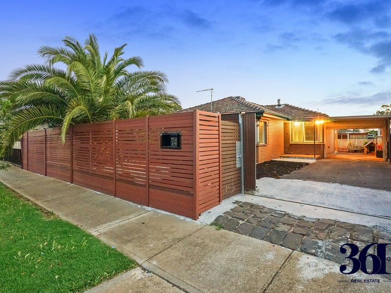 74 Hume Ave, Melton South, Vic 3338