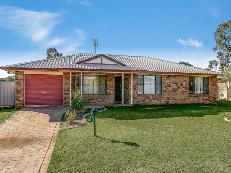 20 Shannon Court, Oakey, Qld 4401