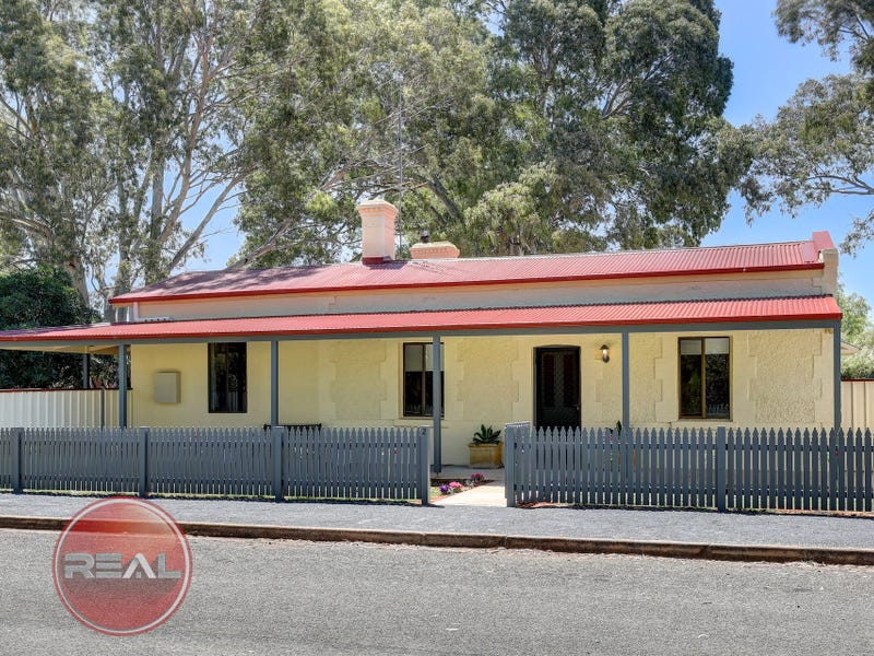 2 Frederick Street, Saddleworth, SA 5413