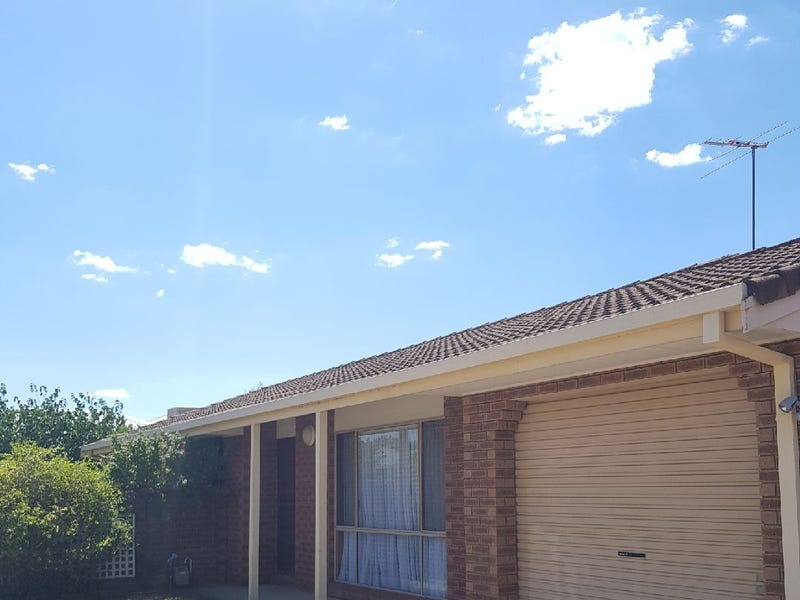 2/5 Brent Court, Lavington, NSW 2641