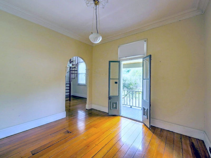 4/249 Menangle Street, Picton, NSW 2571