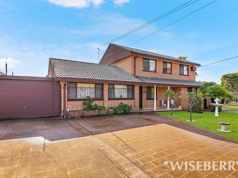 12A Orana Place, Greenacre, NSW 2190