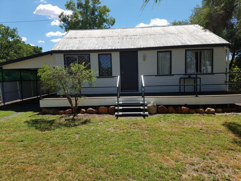165  King  Street, Charleville, Qld 4470