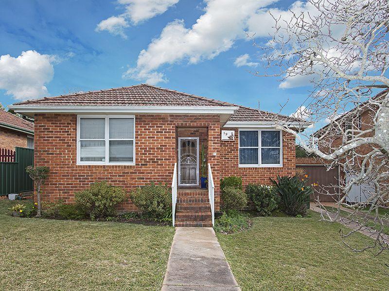 19 Karoola Crescent, Caringbah, NSW 2229