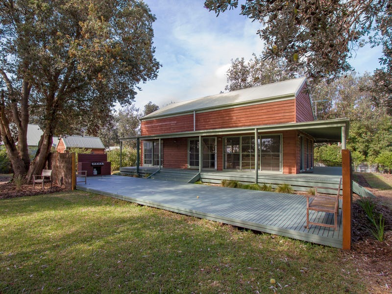 1 Grenfell Drive, The Honeysuckles, Vic 3851