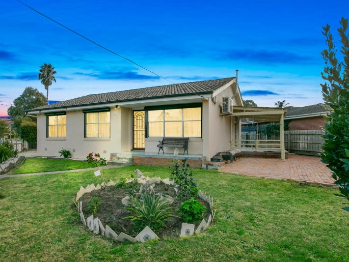 22 Mulberry Crescent, Frankston North, Vic 3200