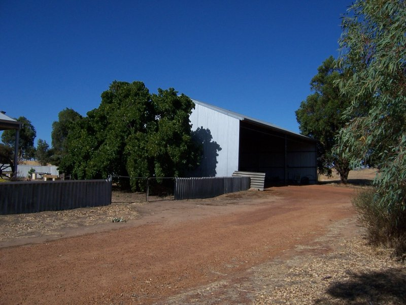 3, 22305 Gt Southern highway, Wagin, WA 6315