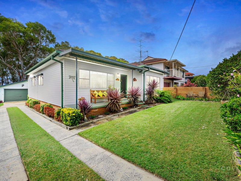 6 First Avenue, Toukley, NSW 2263