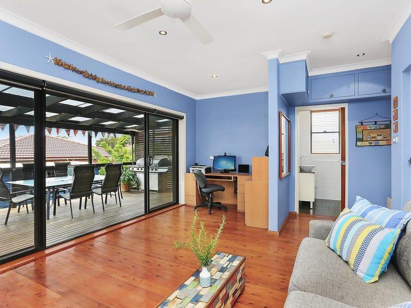 82 Warringah Road, Narraweena, NSW 2099