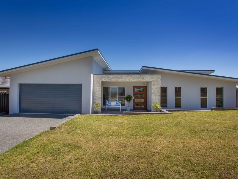 16 Eastern Valley Way, Tallwoods Village, NSW 2430