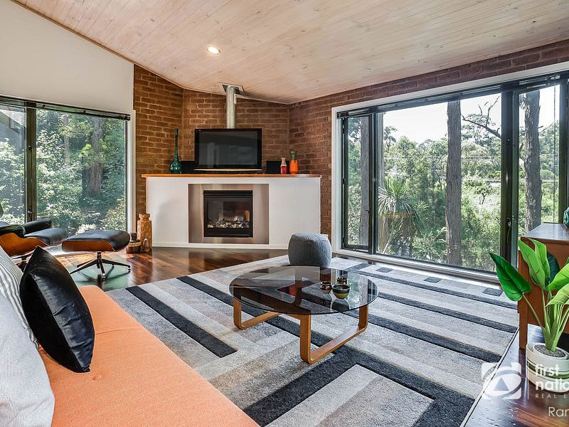 33 Fairy Dell Road, Tecoma, Vic 3160