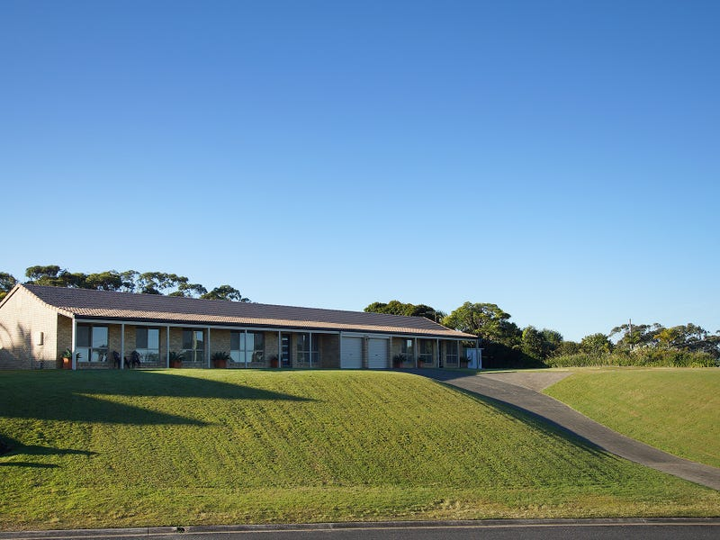 2 Stefan Close, Emerald Beach, NSW 2456