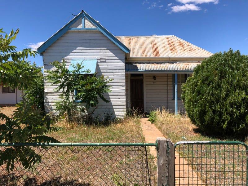 177 De Boos Street, Temora, NSW 2666