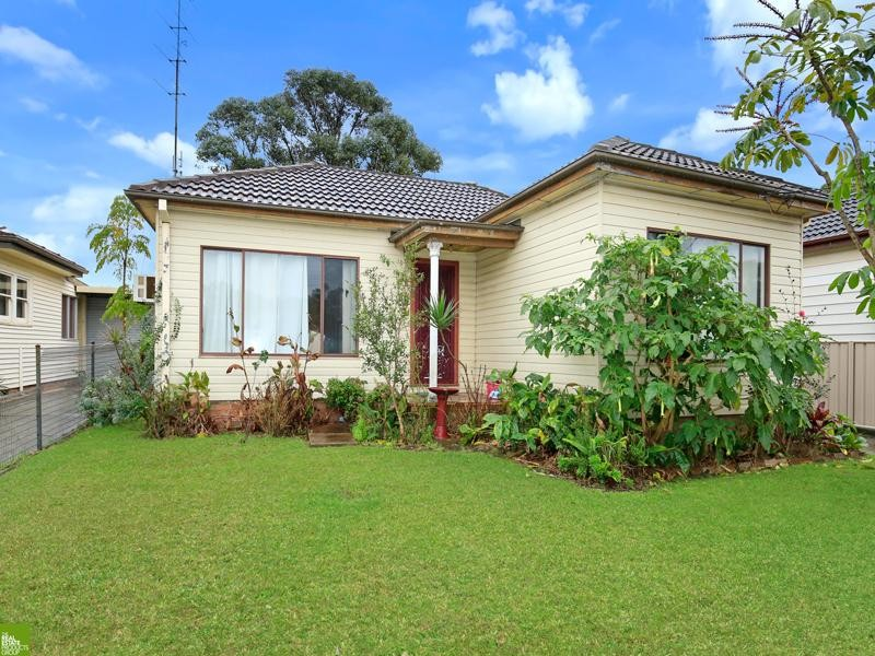12 Crawford Avenue, Gwynneville, NSW 2500
