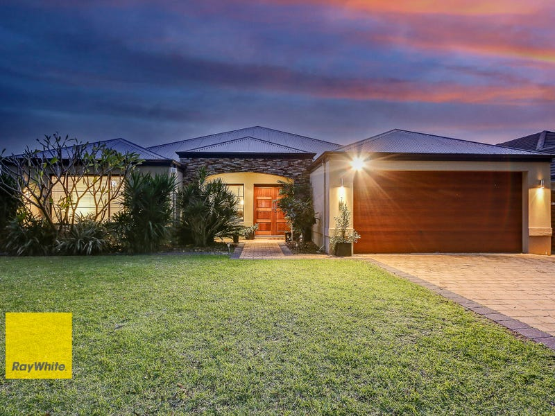 7 Russell Road, Madeley, WA 6065