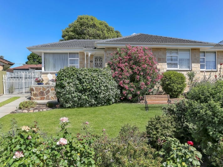 62 Flockhart Avenue, Valley View, SA 5093
