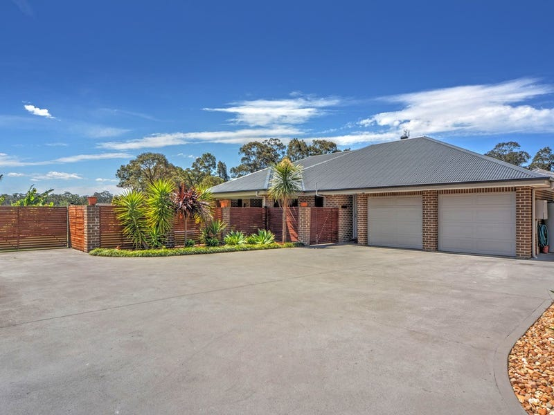 14 Coral Sea Drive, West Nowra, NSW 2541