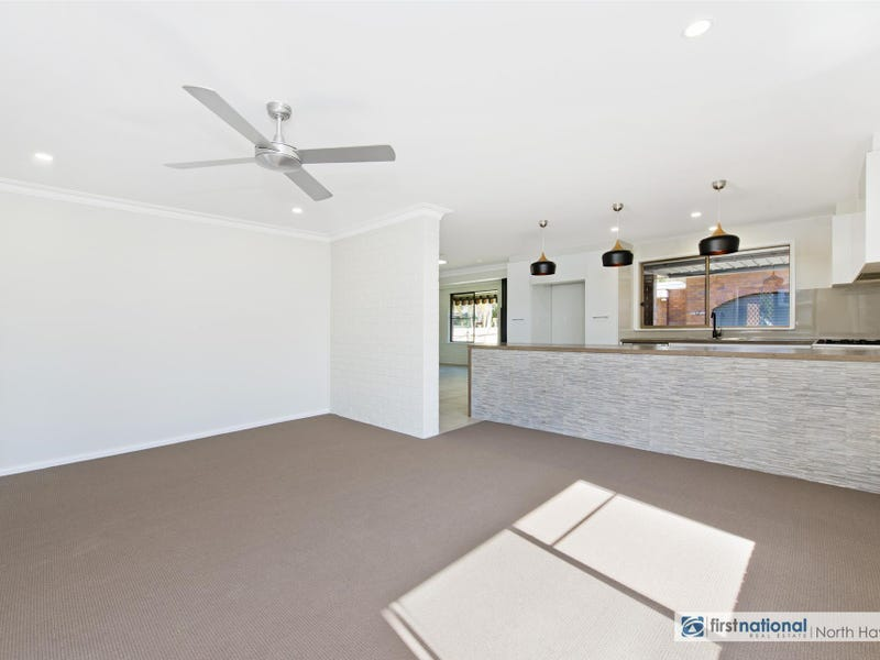 16 George Street, Laurieton, NSW 2443