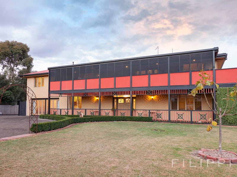 111 & 111A Coppards Road, Moolap, Vic 3224