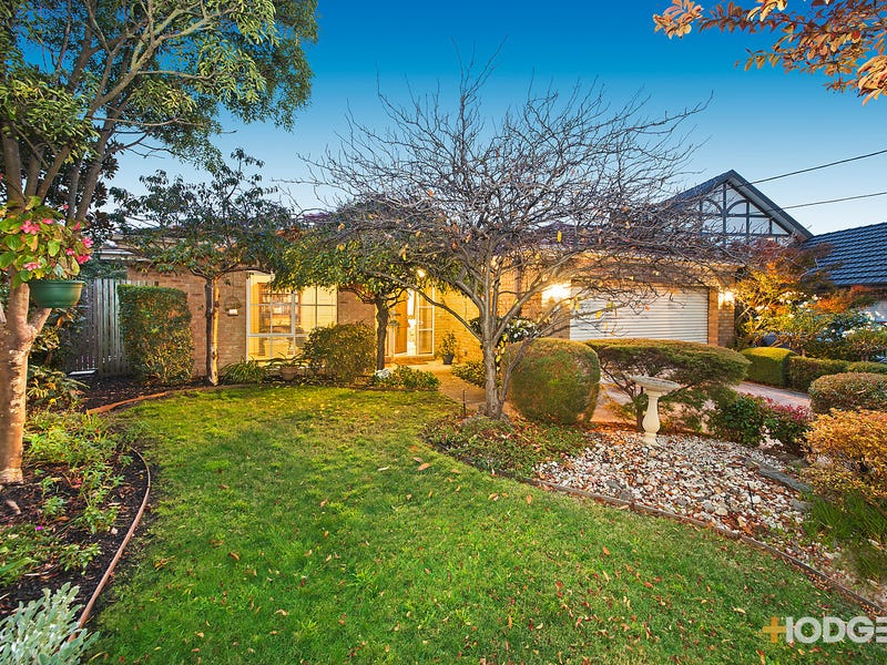 13 Lobelia Court, Dingley Village, Vic 3172