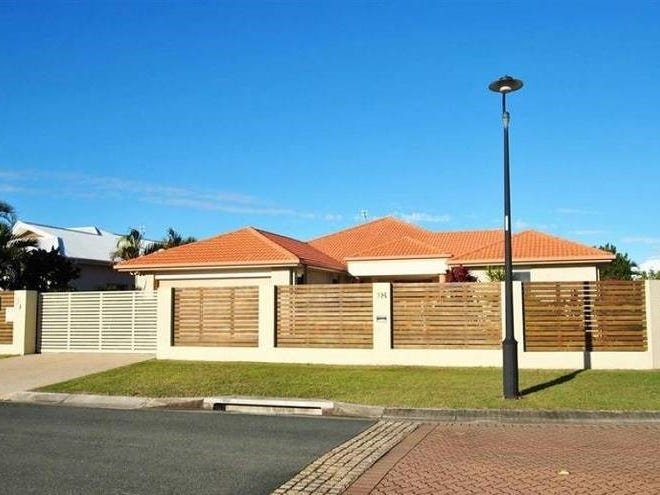 18 Endeavour Crescent, Pelican Waters, Qld 4551