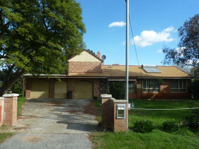 9 Staniland Street, Orange Grove, WA 6109