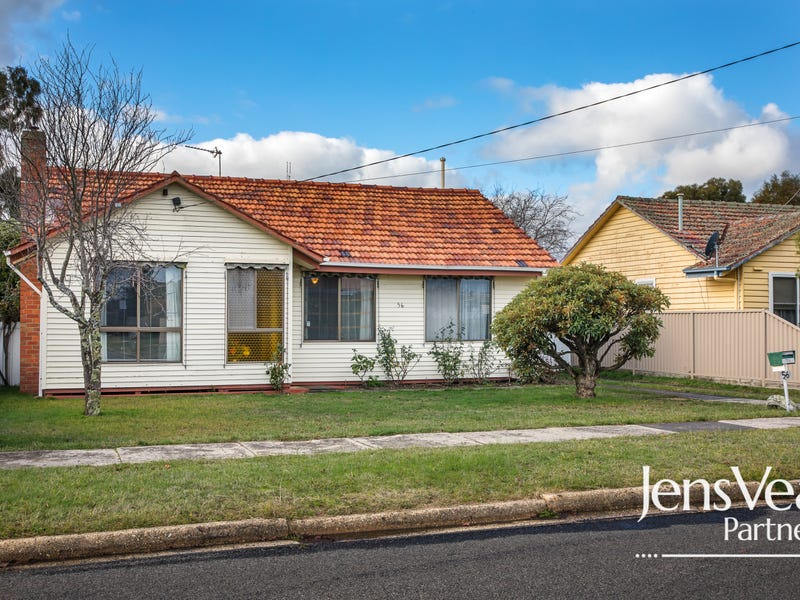 56 Wattle Avenue, Wendouree, Vic 3355