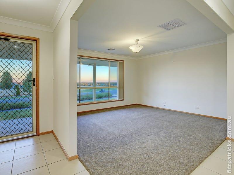 32 Franklin Drive, Estella, NSW 2650